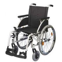 B-4200/M adaptálható kerekesszék